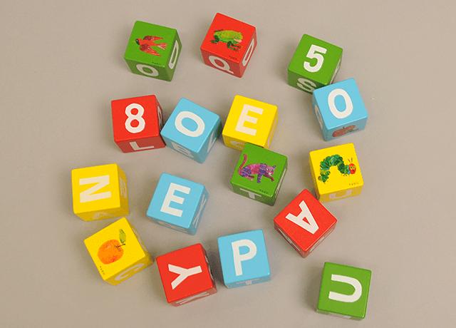 木製アルファベットブロック1